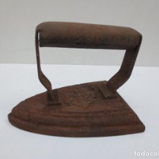 Antigüedades: PLANCHA DE HIERRO Nº5 MARCA ILEGIBLE.. Lote 90054312