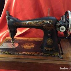 Antigüedades: MAQUINA DE COSER SINGER. Lote 90563422