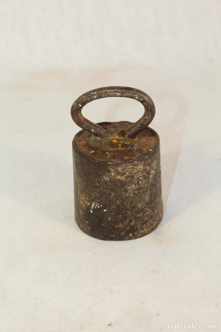 Antigüedades: pesa ponderal en hierro de 1kg. - Foto 3 - 90761685