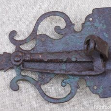 Antigüedades: PESTILLO ANTIGUO EN HIERRO FORJADO - SIGLO XVIII.. Lote 90875855