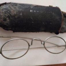 Antigüedades: GAFAS VINTAGE PRINCIPIOS DE SIGLO XX CON FUNDA PATILLAS REPLEGABLES. Lote 90893185