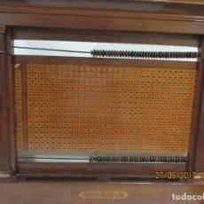 Antigüedades: TABLERO DE PUNTUACIONES BILLARES AMORÓS. Lote 91062305