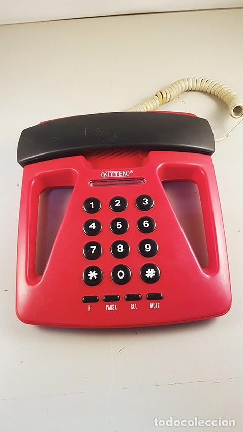 TELÉFONO FIJO ROJO CON BONITO DISEÑO. NO FUNCIONA (Antigüedades - Técnicas - Teléfonos Antiguos)