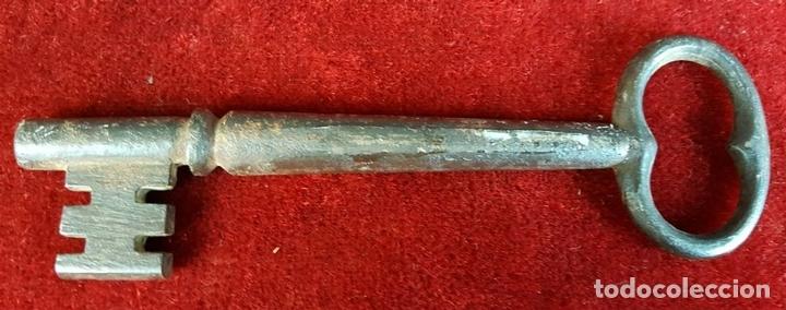Antigüedades: COLECCIÓN DE 5 LLAVES ANTIGUAS. HIERRO COLADO. SIGLO XIX-XX. - Foto 3 - 91987140