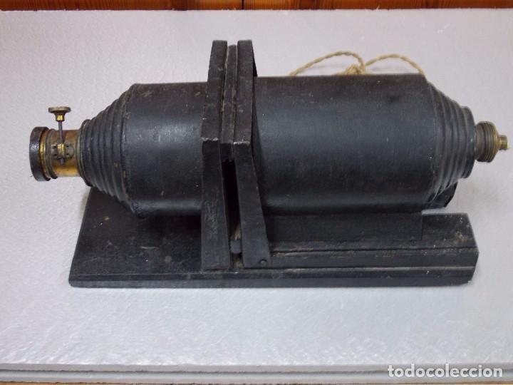 Antigüedades: ANTIGUA LINTERNA MAGICA ELECTRICA - Foto 2 - 92096315