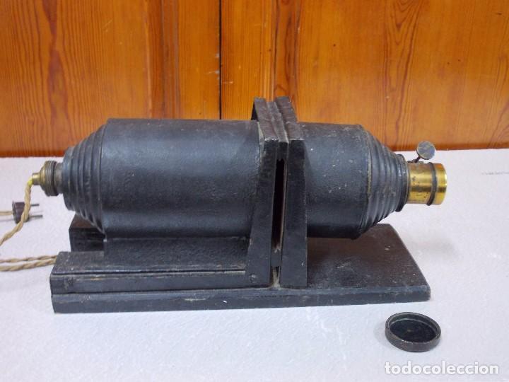 Antigüedades: ANTIGUA LINTERNA MAGICA ELECTRICA - Foto 7 - 92096315