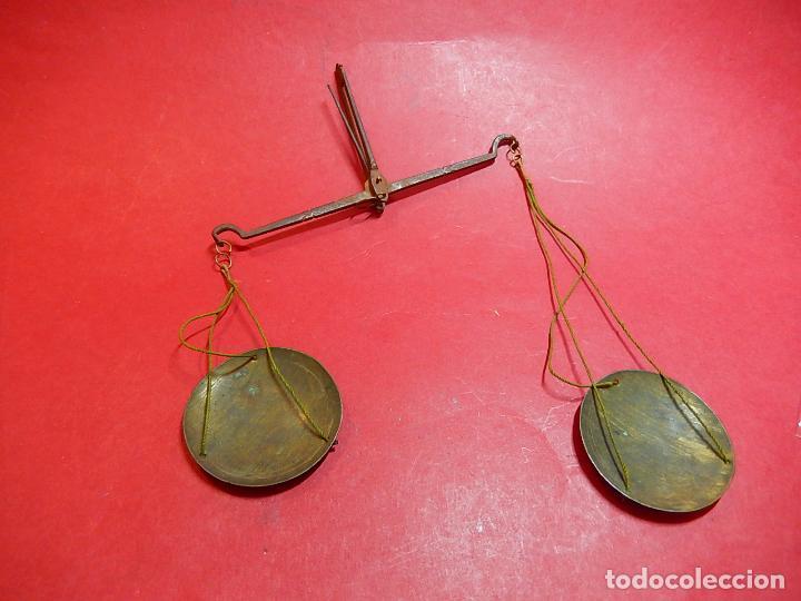 Antigüedades: Antigua balanza. Siglo XVIII / XIX. - Foto 3 - 92260290
