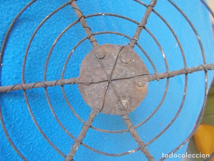 Antigüedades: ANTIGUA Y FUERTE ALAMBRERA DE BRASERO CON REMACHES - Foto 2 - 92343685