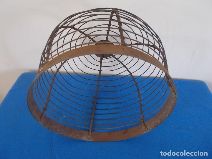 Antigüedades: ANTIGUA Y FUERTE ALAMBRERA DE BRASERO CON REMACHES - Foto 5 - 92343685