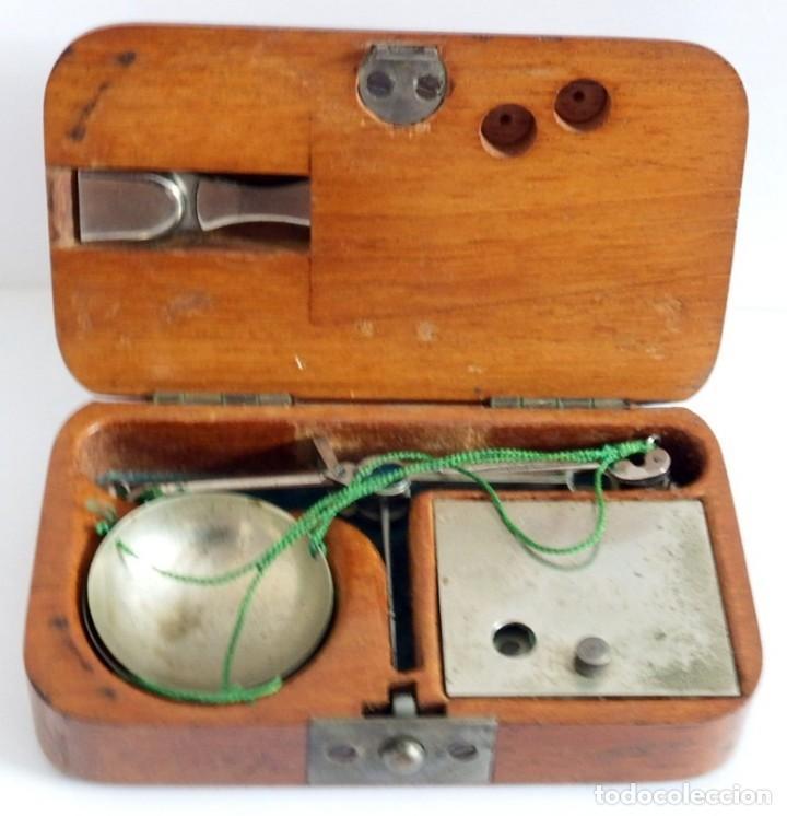 ANTIGUA BALANZA DE PRECISIÓN PARA PESAR ORO (Antigüedades - Técnicas - Medidas de Peso - Balanzas Antiguas)