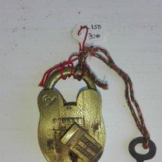 Antigüedades: ANTIGUO CANDADO DE ORIGEN INDIO. Lote 92969140
