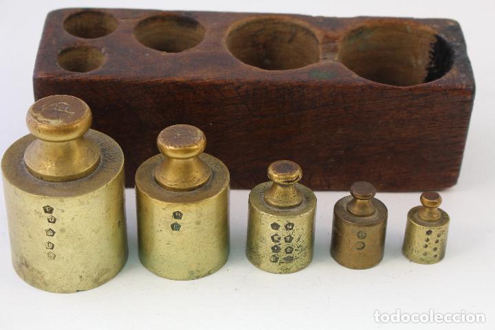 Antigüedades: juego de 5 pesas - ponderales en bronce pesas en bronce grabadas - Foto 4 - 108189146