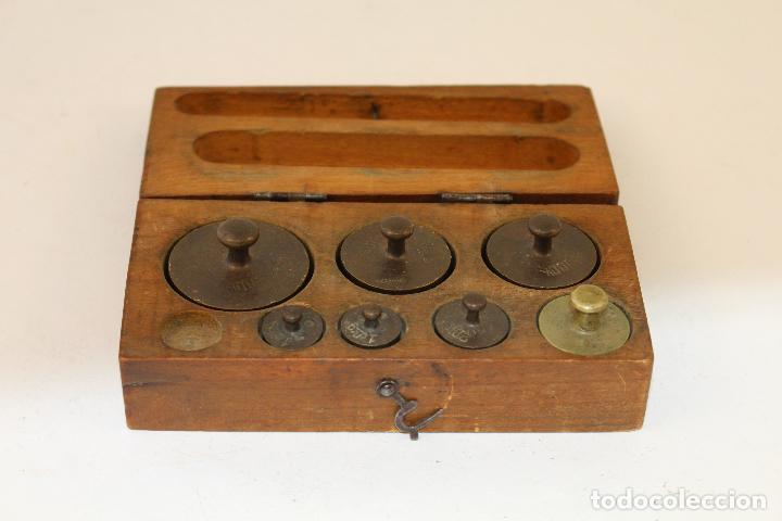 Antigüedades: juego de 7 pesas - ponderales en bronce pesas en bronce grabadas - Foto 4 - 95722638