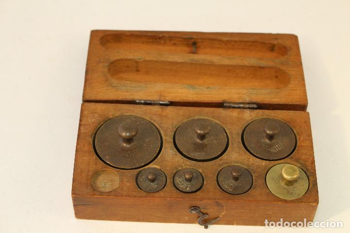 Antigüedades: juego de 7 pesas - ponderales en bronce pesas en bronce grabadas - Foto 5 - 95722638