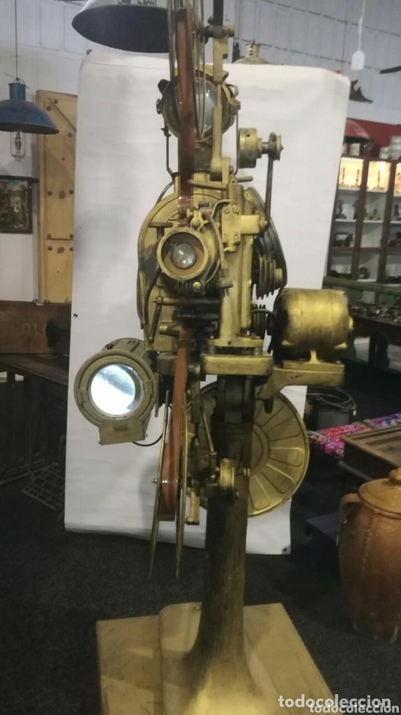 PROYECTOR DE SALA DE CINE (Antigüedades - Técnicas - Aparatos de Cine Antiguo - Proyectores Antiguos)