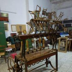 Antigüedades: ANTIGUA BOBINADORA O HILADORA MANUAL. PIEZA DE MUSEO.. Lote 93831170