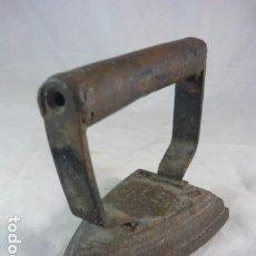 Antigüedades: PLANCHA DE HIERRO 3 S CON ESVASTICA NAZI - BURDIÑOLA. Lote 94276305