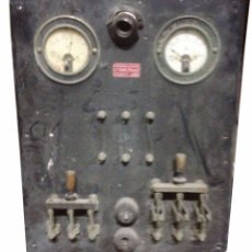 Antigüedades: CUADRO DE CONTROL TRIFÁSICO DE AMPERAJE Y TENSIÓN. Lote 94423330