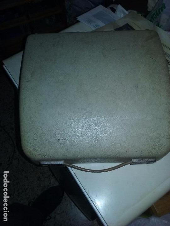 Antigüedades: MAQUINA DE ESCRIBIR PORTATIL OLYMPIA SPLENDID 33 - Foto 3 - 94920063