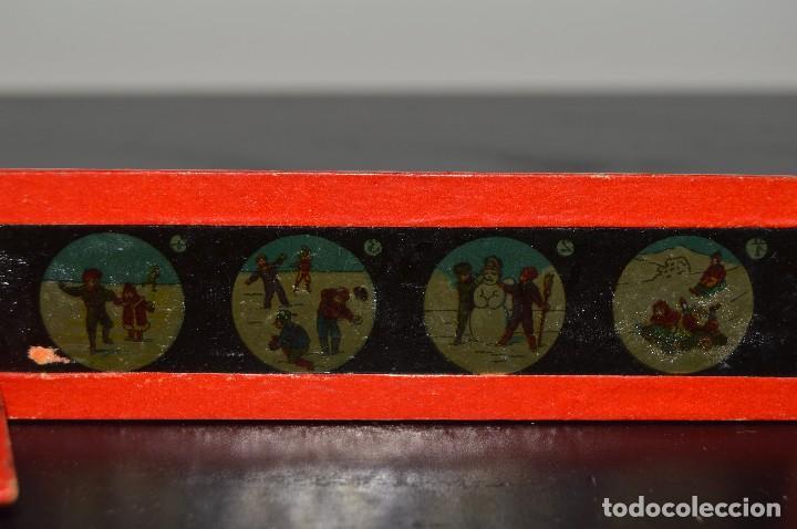Antigüedades: Lote de 34 cristales de linterna mágica, 14, 13 y 11 cm de largo. originales. - Foto 8 - 94944279