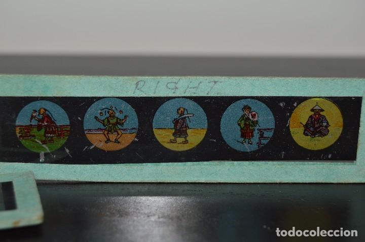 Antigüedades: Lote de 34 cristales de linterna mágica, 14, 13 y 11 cm de largo. originales. - Foto 14 - 94944279