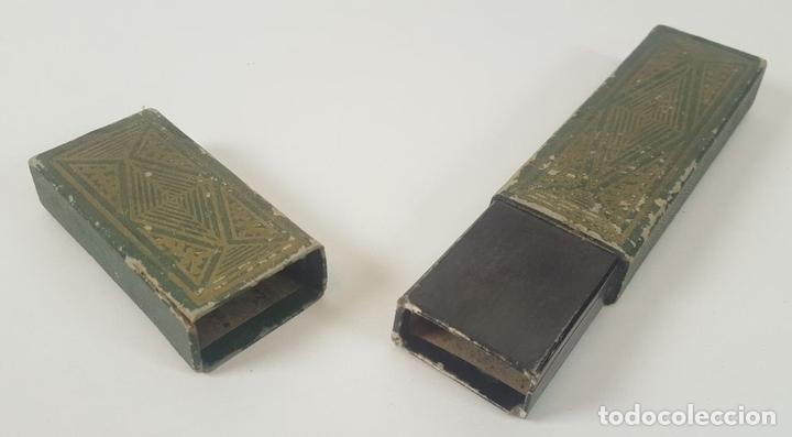 Antigüedades: NAVAJA DE AFEITAR. ACERO DE DOBLE TEMPLE. JOSE MONTSERRAT POU. ESPAÑA. SIGLO XX. - Foto 10 - 95043283