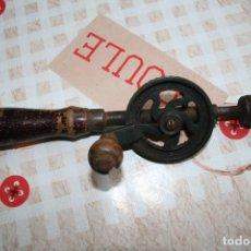Antigüedades: TALADRO MANUAL PEQUEÑO. Lote 95148527