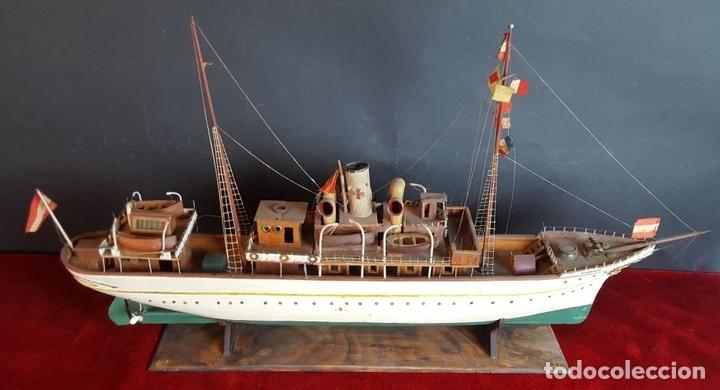 Antigüedades: MAQUETA DE BARCO A VAPOR ALFONSO XIII. MADERA Y METAL. ESPAÑA. PRINCIPIOS SIGLO XX - Foto 20 - 95190911