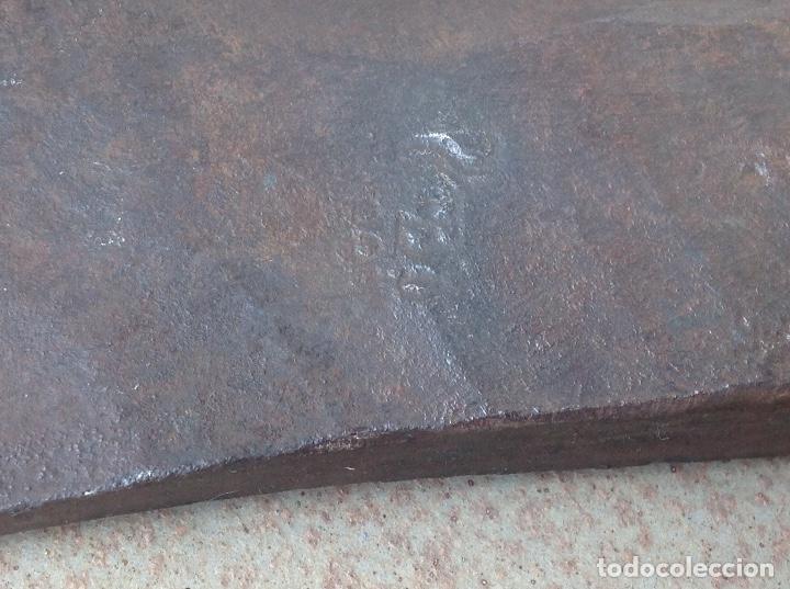 Antigüedades: RARA Y ANTIGUA HACHA DE BOMBEROS ORIGINAL - Foto 4 - 95222031