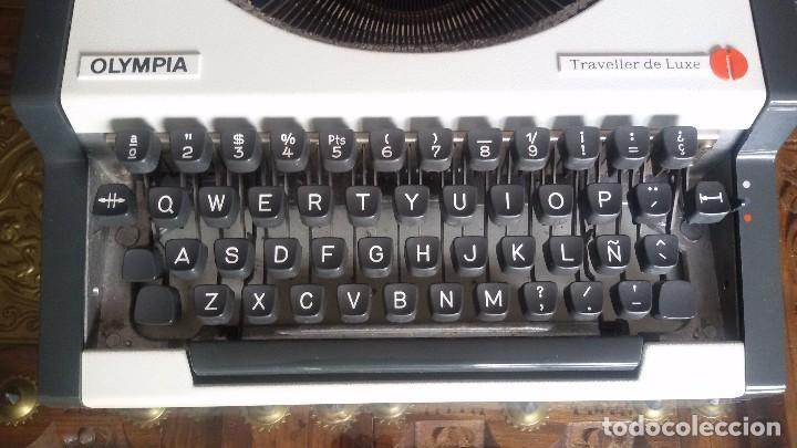 Antigüedades: maquina escribir olympia traveller de luxe - Foto 2 - 95393643