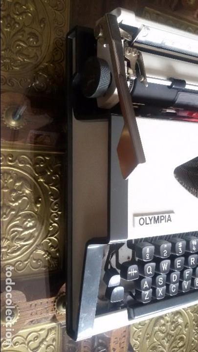 Antigüedades: maquina escribir olympia traveller de luxe - Foto 5 - 95393643
