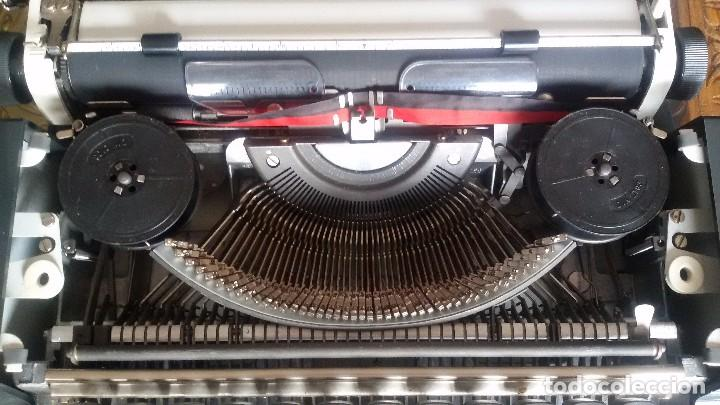 Antigüedades: maquina escribir olympia traveller de luxe - Foto 6 - 95393643