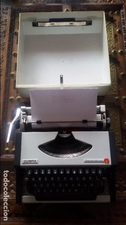 Antigüedades: maquina escribir olympia traveller de luxe - Foto 10 - 95393643