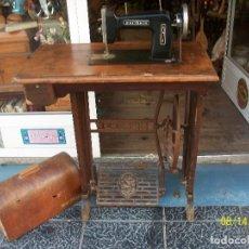 Antigüedades: ANTIGUA MAQUINA DE COSER WERTHEIM-FUNCIONA. Lote 95545211
