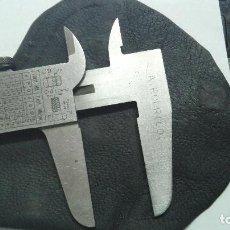 Antigüedades: CALIBRE REGLA . A RODRIGO. CON FUNDA. 22,6 8,5 CM. Lote 95556519