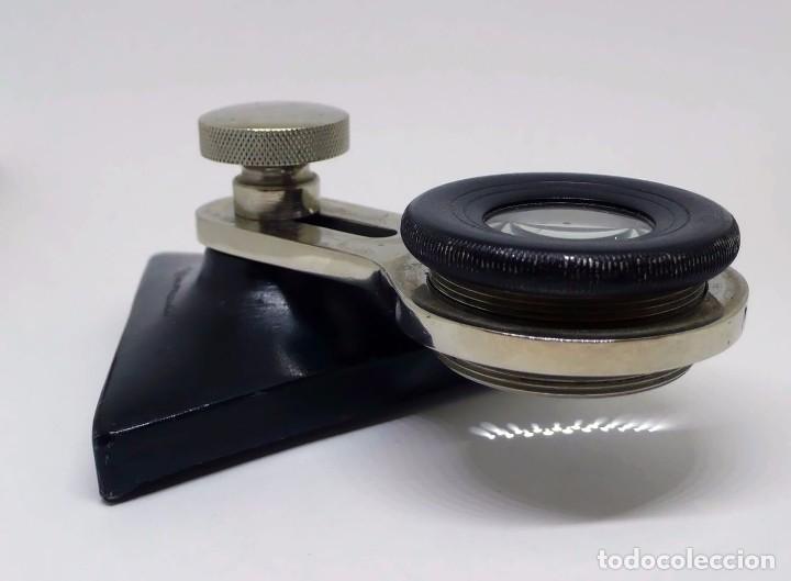 Antigüedades: Antigua lupa brazo móvil y extensible óptico regulable, metal cromado y base de fundición - Foto 5 - 95559999