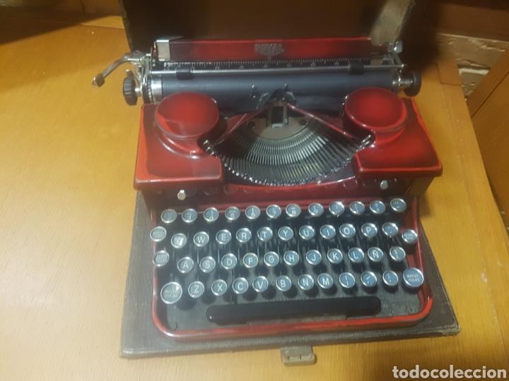 ANTIGUA MAQUINA DE ESCRIBIR ROYAL PORTABLE 2 SERIE O. GRANATE. USA 1935 + MALETA, BIEN CONSERVADA. (Antigüedades - Técnicas - Máquinas de Escribir Antiguas - Royal)