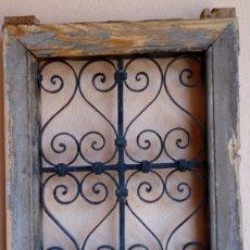 Antigüedades: VENTANA ANTIGÜA -SIGLO XIX-, DE FORJA. PROCEDE DE CASA SOLARIEGA DE CÓRDOBA. DIM.-58,5X45,5 CMS. Lote 95613831