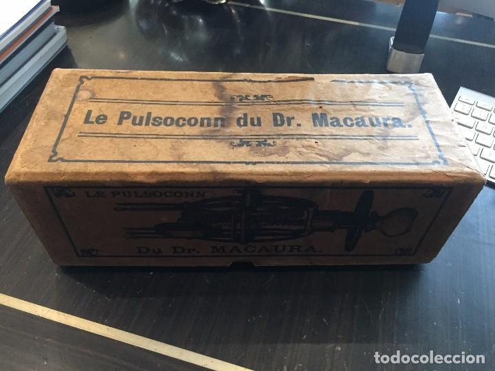 Antigüedades: APARATO DE MASAJE/VIBRADOR LE PULSOCONN DR. MACAURA DEL AÑO 1920 - Foto 6 - 95797611