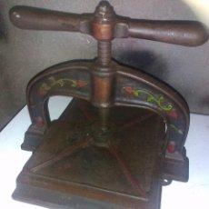 Antigüedades: ANTIGUA PRENSA DE LIBROS. Lote 95905839
