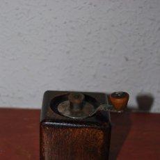 Antigüedades: MOLINILLO DE PIMIENTA - MARLUX - FRANCIA - AÑOS 30-40. Lote 95954035