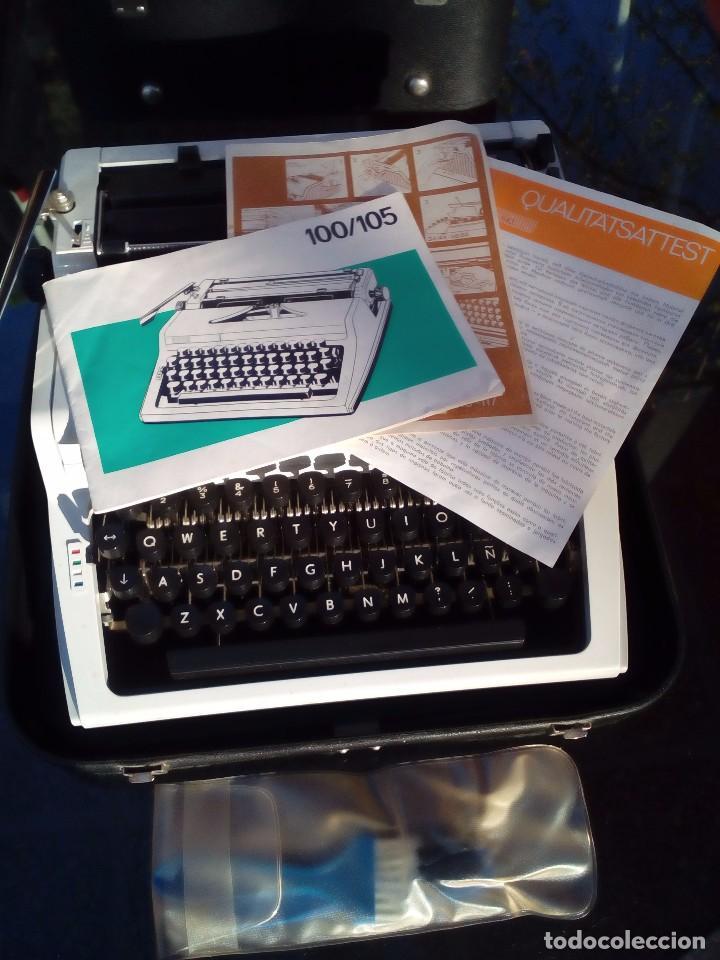Antigüedades: Máquina de escribir Erika portátil completa. - Foto 3 - 96101207