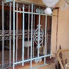 Antigüedades: BALCONES PARA VENTANA HIERRO FORJADO. Lote 96532079