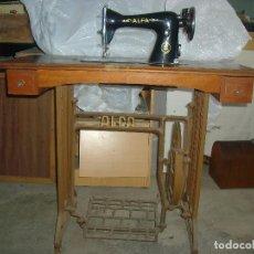 Antigüedades - MAQUINA COSER ALFA - 96581859