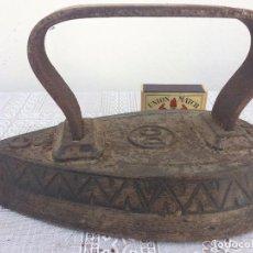 Antigüedades: PLANCHA ANTIGUA SIGLO XIX HIERRO. Lote 96699495