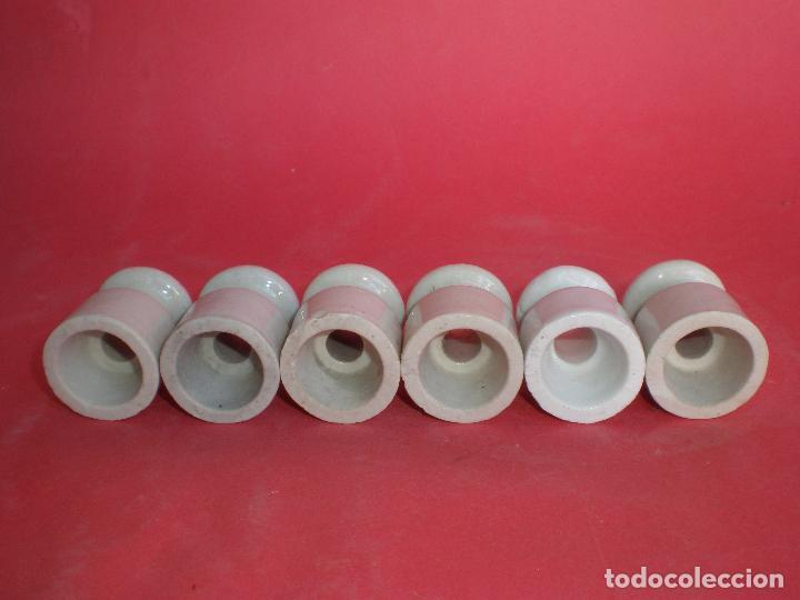Antigüedades: JUEGO 6 ANTIGUAS JÍCARAS-AISLANTE ELÉTRICO DE PORCELANA, altura: 3,8 x 3,2 diámetro base - Foto 9 - 96876687