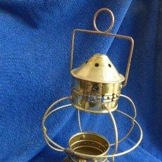 Antigüedades: VIEJA LAMPARA NAUTICA..FALTA EL CRISTAL...LATON Y METAL... Lote 97067831