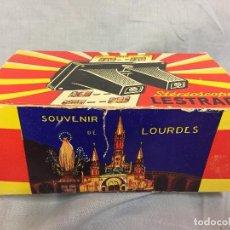 Antigüedades: ESTEREOSCOPE LESTRADE SOUVENIR LOURDES 1969. Lote 97148615