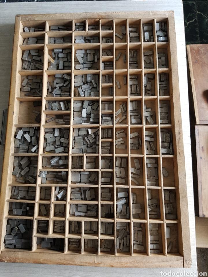GRAN LOTE DE TIPOGRAFIA DE IMPRENTA, +DE 500 PIEZAS (Antigüedades - Técnicas - Herramientas Profesionales - Imprenta)