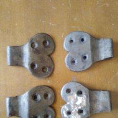 Antigüedades: 4 BISAGRAS DE HIERRO S XIX.. Lote 97503715